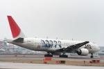 485k60さんが、福岡空港で撮影した日本航空 777-246の航空フォト(飛行機 写真・画像)