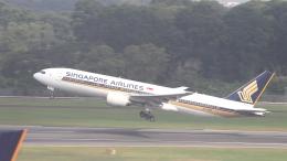 誘喜さんが、シンガポール・チャンギ国際空港で撮影したシンガポール航空 777-212/ERの航空フォト(飛行機 写真・画像)