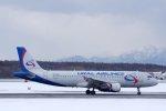 kitayocchiさんが、新千歳空港で撮影したウラル航空 A320-214の航空フォト(写真)