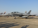485k60さんが、茨城空港で撮影したアメリカ海兵隊 F/A-18D Hornetの航空フォト(写真)
