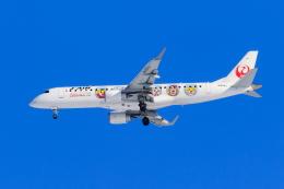 noriphotoさんが、新千歳空港で撮影したジェイ・エア ERJ-190-100(ERJ-190STD)の航空フォト(写真)