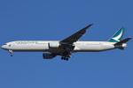 安芸あすかさんが、成田国際空港で撮影したキャセイパシフィック航空 777-367の航空フォト(写真)