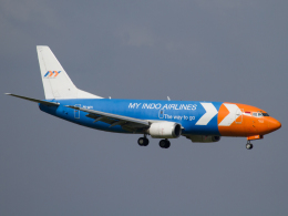 Mame @ TYOさんが、シンガポール・チャンギ国際空港で撮影したマイ・インド・エアラインズ 737-3Z0(SF)の航空フォト(飛行機 写真・画像)