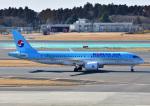 じーく。さんが、成田国際空港で撮影した大韓航空 A220-300 (BD-500-1A11)の航空フォト(飛行機 写真・画像)