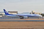 @たかひろさんが、伊丹空港で撮影した全日空 777-381/ERの航空フォト(写真)