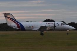 MOR1(新アカウント)さんが、バーミンガム国際空港で撮影したスウィフトエア EMB-120 Brasiliaの航空フォト(飛行機 写真・画像)
