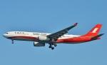 鉄バスさんが、羽田空港で撮影した上海航空 A330-343Xの航空フォト(飛行機 写真・画像)