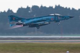 岡崎美合さんが、新田原基地で撮影した航空自衛隊 RF-4E Phantom IIの航空フォト(飛行機 写真・画像)