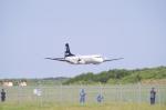 トリ・・・・さんが、能登空港で撮影したエアロラボ YS-11A-212の航空フォト(写真)