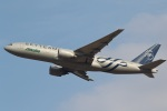 camelliaさんが、成田国際空港で撮影したアリタリア航空 777-243/ERの航空フォト(写真)