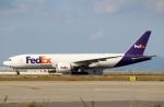 ハピネスさんが、関西国際空港で撮影したフェデックス・エクスプレス 777-FS2の航空フォト(飛行機 写真・画像)