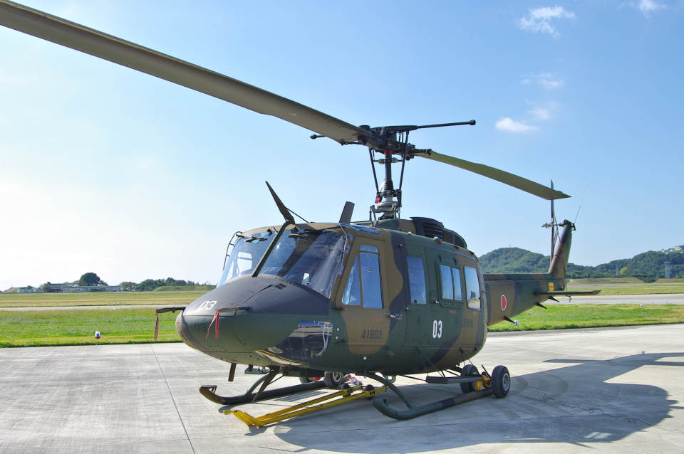 yabyanさんの陸上自衛隊 Fuji UH-1J (41803) 航空フォト