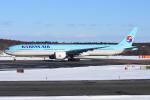 sky77さんが、新千歳空港で撮影した大韓航空 777-3B5/ERの航空フォト(写真)
