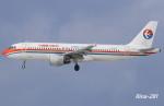RINA-281さんが、小松空港で撮影した中国東方航空 A320-214の航空フォト(飛行機 写真・画像)
