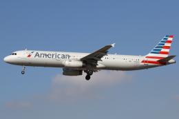 masa707さんが、ロサンゼルス国際空港で撮影したアメリカン航空 A321-231の航空フォト(飛行機 写真・画像)