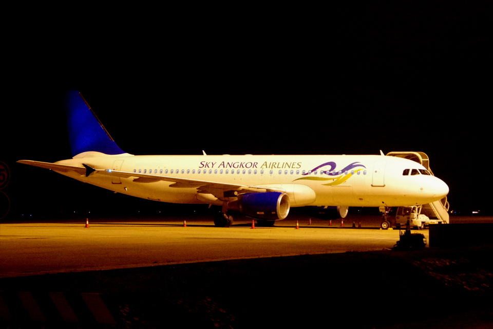 yabyanさんのスカイ・アンコール・エアラインズ Airbus A320 (XU-702) 航空フォト