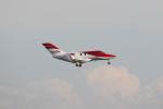 安芸あすかさんが、羽田空港で撮影したTVPX AIRCRAFT SOLUTIONS INC TRUSTEE HA-420 HondaJetの航空フォト(写真)