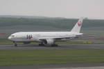 プルシアンブルーさんが、新千歳空港で撮影した日本航空 777-246の航空フォト(写真)