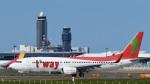 パンダさんが、成田国際空港で撮影したティーウェイ航空 737-8GJの航空フォト(写真)