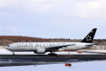 funi9280さんが、新千歳空港で撮影したアシアナ航空 777-28E/ERの航空フォト(写真)