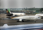 Wasawasa-isaoさんが、成田国際空港で撮影したUPS航空 MD-11Fの航空フォト(写真)