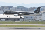 kuro2059さんが、福岡空港で撮影したスターフライヤー A320-214の航空フォト(飛行機 写真・画像)