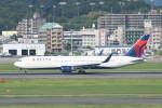 kuro2059さんが、福岡空港で撮影したデルタ航空 767-332/ERの航空フォト(写真)