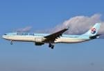 あしゅーさんが、成田国際空港で撮影した大韓航空 A330-323Xの航空フォト(写真)