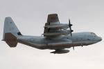 キャスバルさんが、フェニックス・スカイハーバー国際空港で撮影したアメリカ海兵隊 KC-130J Herculesの航空フォト(写真)