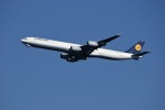 レドームさんが、羽田空港で撮影したルフトハンザドイツ航空 A340-642Xの航空フォト(写真)