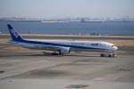 はやたいさんが、羽田空港で撮影した全日空 777-381の航空フォト(写真)