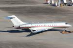 セブンさんが、羽田空港で撮影したビスタジェット BD-700-1A10 Global 6000の航空フォト(飛行機 写真・画像)