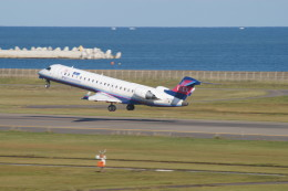 kij niigataさんが、新潟空港で撮影したアイベックスエアラインズ CL-600-2C10 Regional Jet CRJ-702ERの航空フォト(写真)