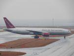 White Pelicanさんが、中部国際空港で撮影したオムニエアインターナショナル 777-2U8/ERの航空フォト(写真)