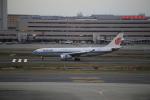 ja007gさんが、羽田空港で撮影した中国国際航空 A330-243の航空フォト(写真)
