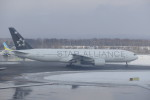 KKiSMさんが、新千歳空港で撮影したアシアナ航空 777-28E/ERの航空フォト(写真)
