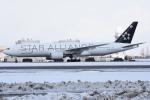 sky77さんが、新千歳空港で撮影したアシアナ航空 777-28E/ERの航空フォト(写真)