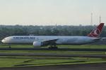 ★azusa★さんが、スカルノハッタ国際空港で撮影したターキッシュ・エアラインズ 777-3F2/ERの航空フォト(写真)