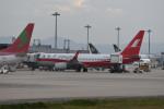 kuro2059さんが、関西国際空港で撮影した上海航空 737-89Pの航空フォト(写真)
