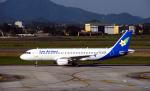 kenko.sさんが、ノイバイ国際空港で撮影したラオス国営航空 A320-214の航空フォト(写真)