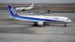 mich_stoneさんが、羽田空港で撮影した全日空 767-381の航空フォト(写真)