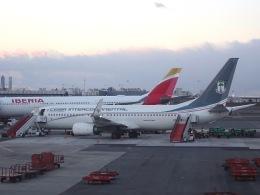 cornicheさんが、マドリード・バラハス国際空港で撮影したセイバ・インターコンチネンタル 737-8FBの航空フォト(写真)