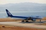 ハピネスさんが、関西国際空港で撮影した全日空 777-281/ERの航空フォト(飛行機 写真・画像)
