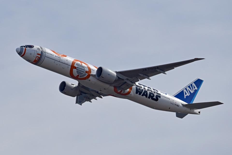 tsubasa0624さんの全日空 Boeing 777-300 (JA789A) 航空フォト