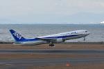 ポン太さんが、中部国際空港で撮影した全日空 767-381の航空フォト(写真)