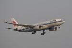飛行機ゆうちゃんさんが、羽田空港で撮影した中国国際航空 A330-243の航空フォト(写真)