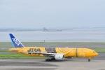 走る男さんが、羽田空港で撮影した全日空 777-281/ERの航空フォト(飛行機 写真・画像)