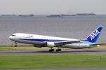 yabyanさんが、羽田空港で撮影した全日空 767-381の航空フォト(写真)