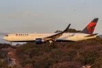 mototripさんが、福岡空港で撮影したデルタ航空 767-332/ERの航空フォト(写真)