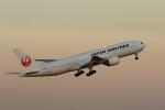 レガシィさんが、羽田空港で撮影した日本航空 777-289の航空フォト(写真)